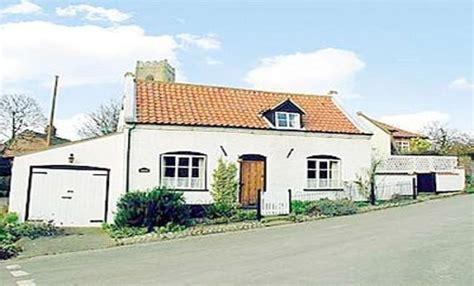 2 bedroom cottage to rent in happisburgh norfolk