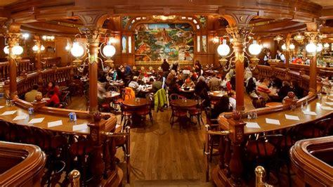 lucky saloon the lucky nugget saloon disneyland restaurants