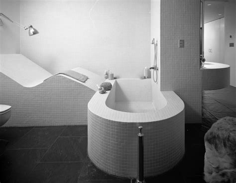 Le Corbusier Bathroom by Usmodernist Gwathmey
