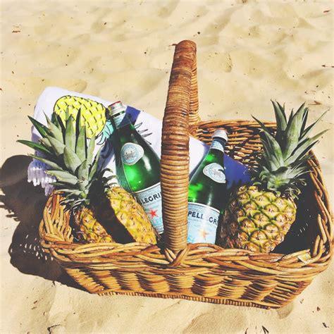 Jim S Honey Handbag honey and fizz summer giveaway jim sunshade mat