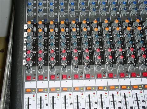Mixer Xenyx Xl 3200 xenyx xl3200 behringer xenyx xl3200 audiofanzine