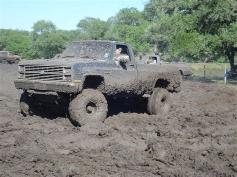 mudding trucks chevy mudding muddin pinterest mudding trucks 4x4