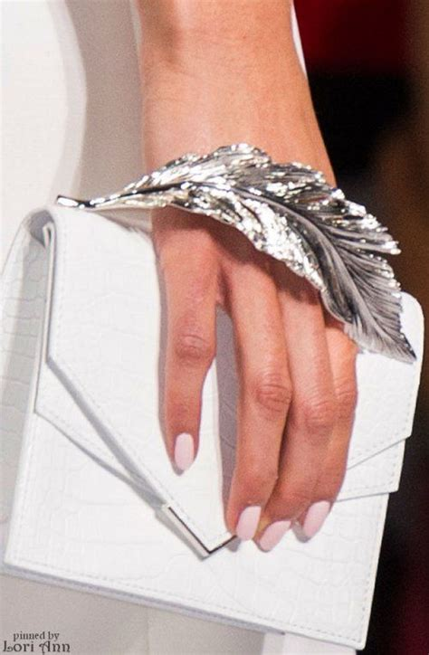 Bags Are Big Carry A Clutch by Best 25 Clutch Bags Ideas On Clutch Bag
