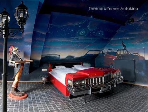 car wallpaper for bedroom 車をベットにしちゃったおしゃれな寝室 ユニークインテリア