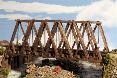 hunterline   scale  foot howe truss wood bridge kit