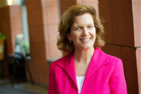 Wharton Executive Mba Vs Time Mba by Emba Admissions Staff Diane Sharp On The Application