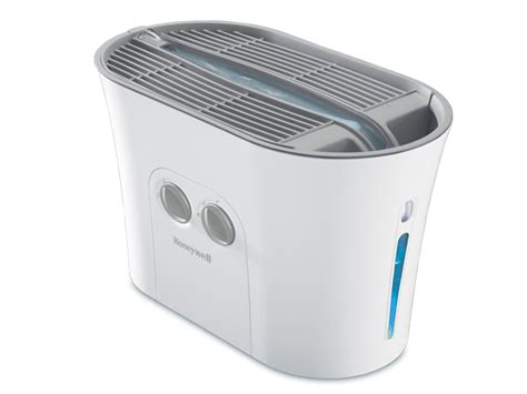 Best Bedroom Humidifiers honeywell easy to care 2 0 gallon cool moisture humidifier