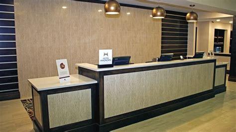 front desk virginia doubletree norfolk airport hotel