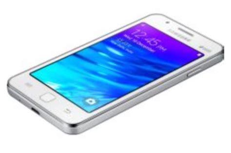 Lenovo A6000 Vs Samsung 2 Lenovo A6000 Vs Samsung Z1 Tizen Specs No Contest