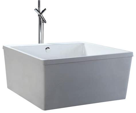 Square Bathtub by Helixbath Schedia Freestanding Square Bathtub 47 Quot White W