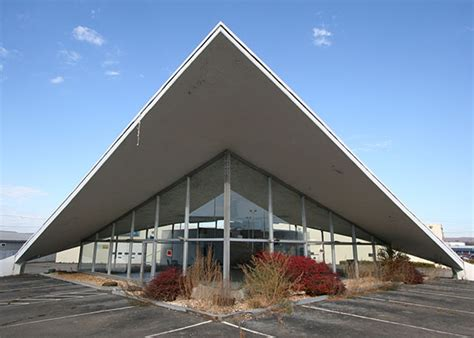 Modern Buildings Nyslandmarks Com Hyperbolic Paraboloid Architecture Of