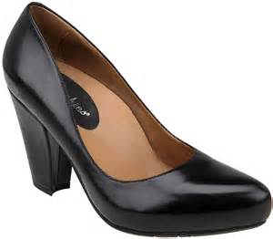 Most Comfortable Shoes For Heel Pain Best High Heels For Ball Of Foot Pain