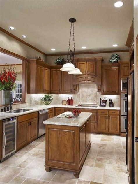 small kitchen floor tile ideas 25 best ideas about light oak cabinets on oak