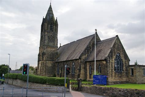 Beautiful Saint Matthew Church #1: St_Matthew%27s_Church%2C_Chadderton.jpg
