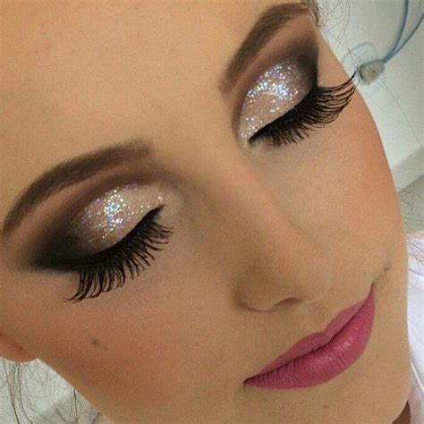 Eyeshadow Dulu Atau Eyeliner Dulu venus makeup smokey type ini sedang populer buat yang mau nikah atau wisuda bisa