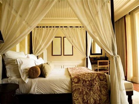Canopy Bedroom Sets With Curtains by 5 Inspiring Summer Bedroom Ideas Saatva Sleep