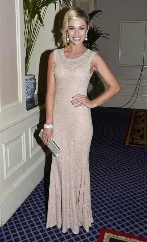 Erin Oconnor Loses Out On Award Ends Up On Top by Pippa O Connor To Retire From Modelling To Pursue Fashion