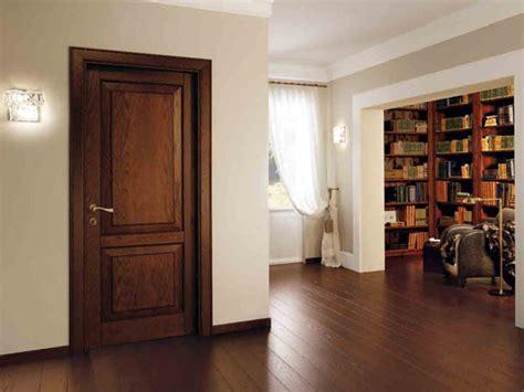porte interne classiche porte classiche modena porte interne in legno massello