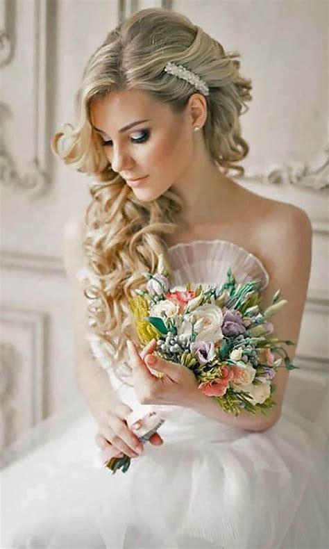 bridal hairstyles romantic trubridal wedding blog 30 wedding hairstyles romantic