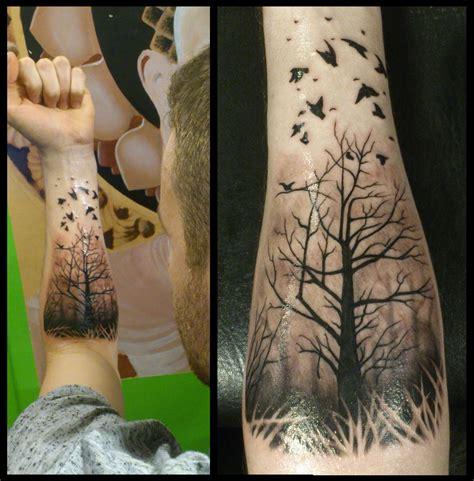 tree silhouette tattoo arm tree tattoos for guys căutare