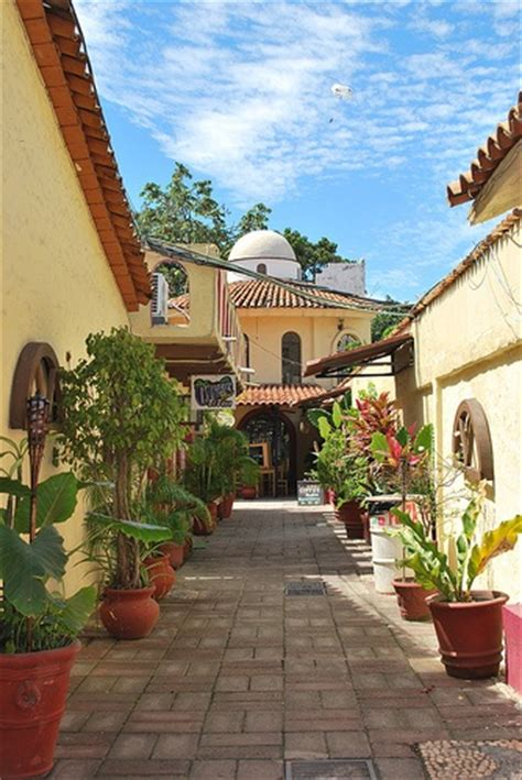 Mexican Style Patios by Best 25 Mexican Patio Ideas On