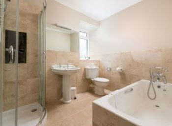 www bathroom self catering holiday cottages with ensuite bathroom or