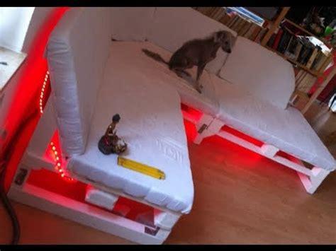europaletten sofa bauen sofa selber bauen ein diy sofa aus paletten