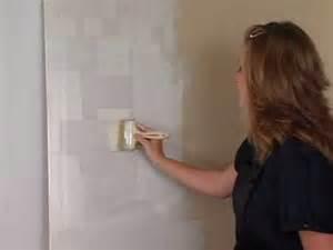 Faux Paint Techniques the criss cross a metallic paint faux finishing technique
