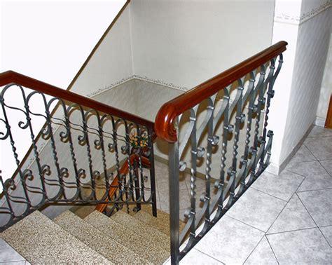 corrimano ferro battuto per scale interne corrimano in legno per scale interne con corrimano per
