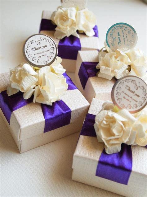 bridal shower favor ideas purple 12 best wedding boxes bonbonniere purple and pink images on favors wedding boxes