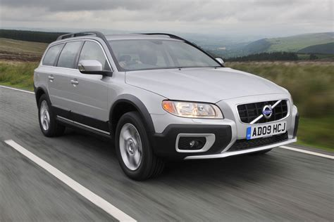 all car manuals free 2010 volvo s60 security system volvo xc70 review auto express
