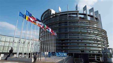 siege du parlement si 232 ge du parlement europ 233 en nouvelle offensive contre