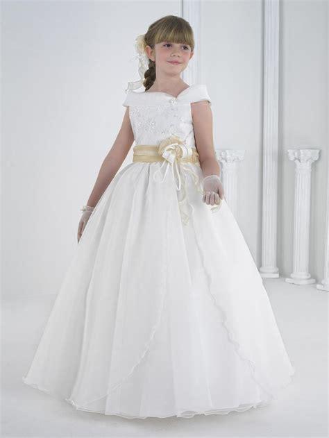 vestidos para la primera comunion en giancarlo novias disponemos de una preciosa coleccion