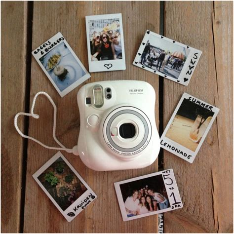 instant mini review fujifilm instax mini 25 polaroid bunch of