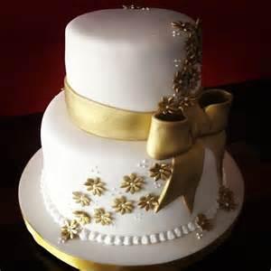 50th Wedding Anniversary Photo Album Bolo Branco E Dourado Cupkay Fondant Cakes Pinterest