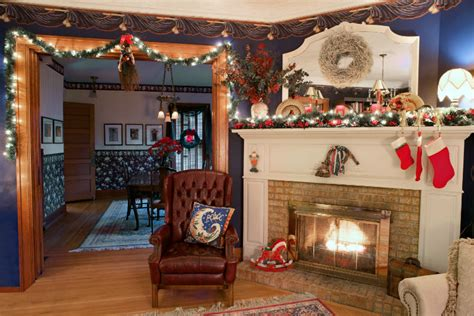 Festive Decoration Services | feeling festive try these mantel decorating ideas