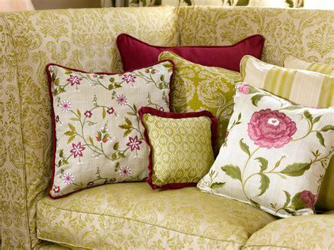 cuscini eleganti per divani cuscini eleganti per divani con federe per cuscini e