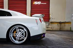 Nissan Gtr Wheels Nissan Gtr W 22 Quot Staggered Iss Forged Complex 5 Wheels