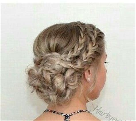 homecoming princess hairstyles 25 best ideas about cinderella hairstyle on pinterest
