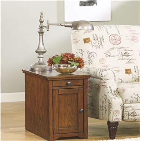 laflorn chairside end table signature design by laflorn chairside end table