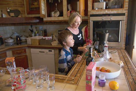 sexe dans la cuisine la famille devanne libre dans l 201 glise 2 5 la croix