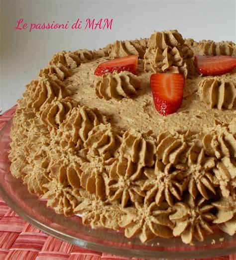 come bagnare una torta al cioccolato torta al cioccolato con mousse di fragole le passioni di mam