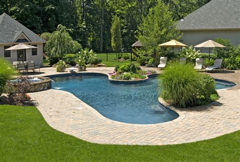 architecture awesome backyard design with modern kidney pool in backyard great home design