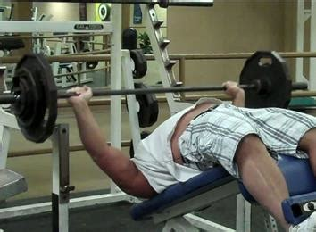 world chion bench press most decline bench press reps with a 200 pound barbell