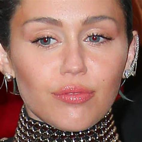 miley cyrus eye color miley cyrus makeup eyeshadow clear lip gloss
