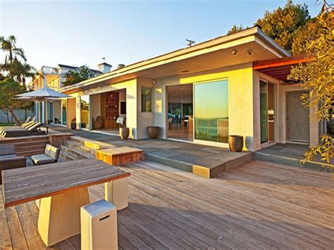 Vacation Home Plans Waterfront by Small House Plans With Loft Waterfront Vacation Home Plans