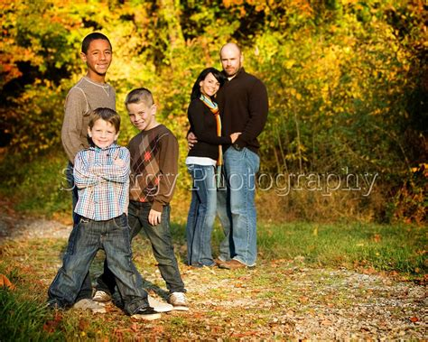 Family Picture Ideas - best 25 fall family portraits ideas on fall