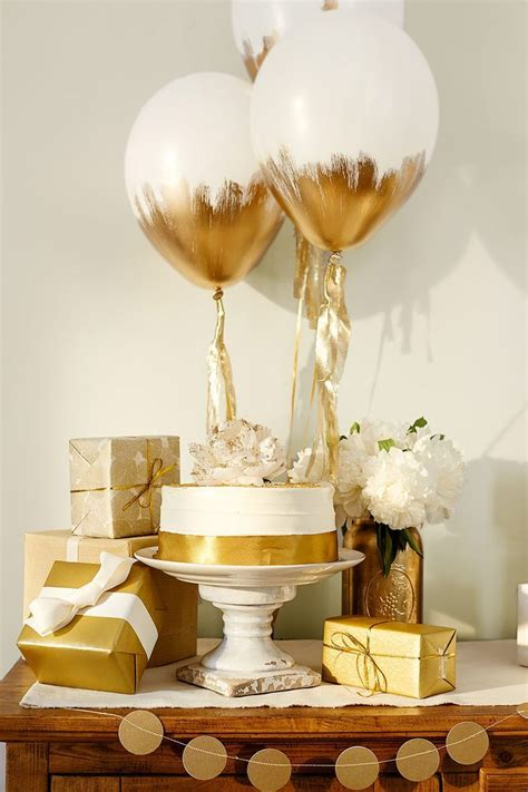 themes for gold love this combination of white and gold for simple