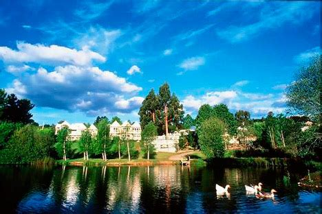 melbourne vacations hotels travel information