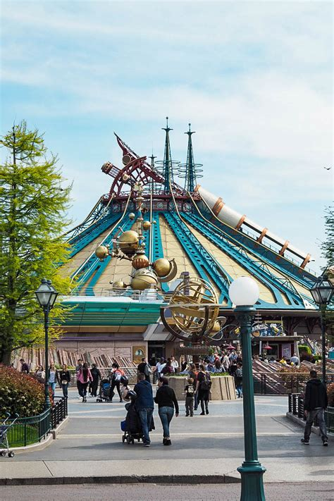 disneyland paris the four biggest and best thrill seeking rides at